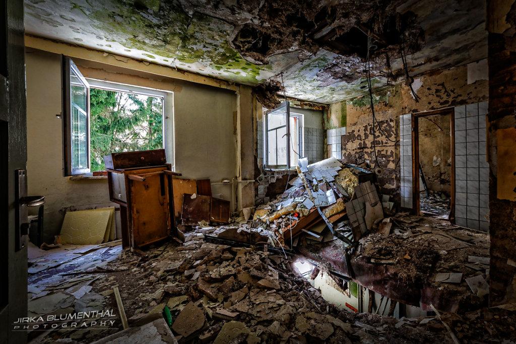 Im durchlöcherten Gasthaus #13