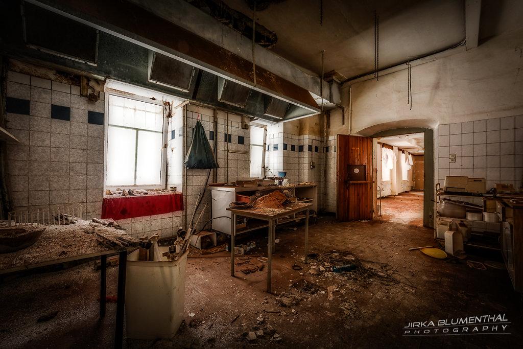 Im durchlöcherten Gasthaus #15