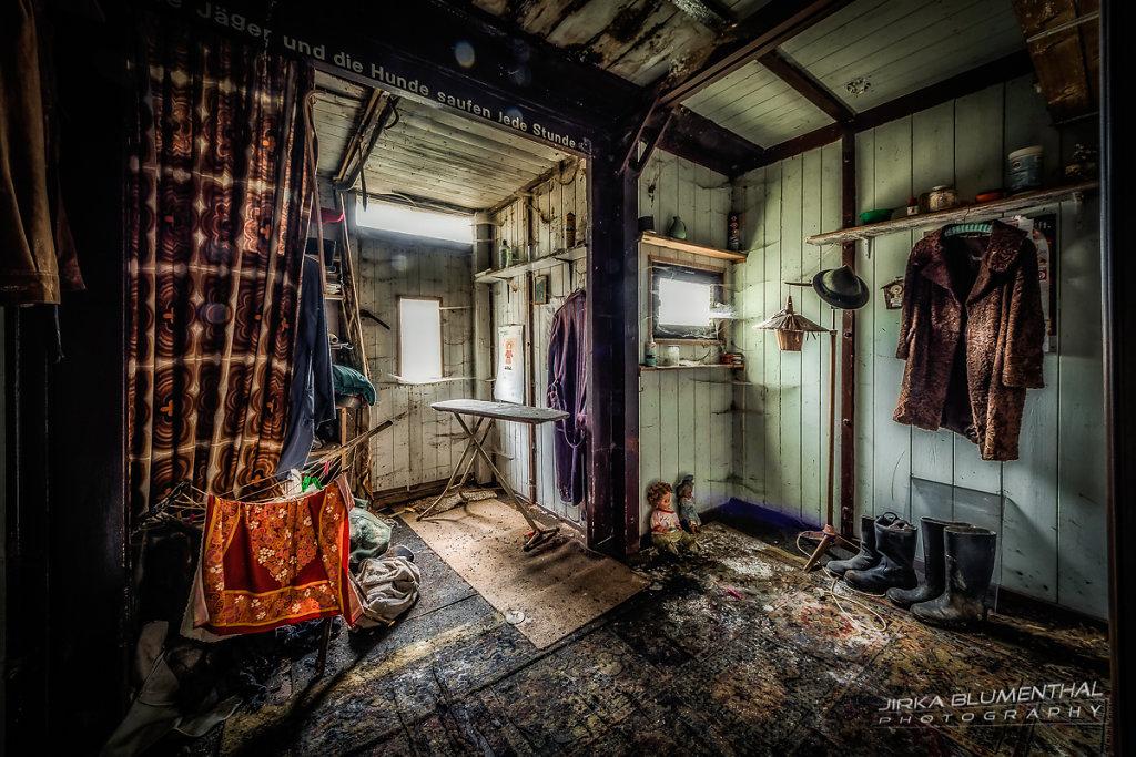 Das einsame Waldhaus #2